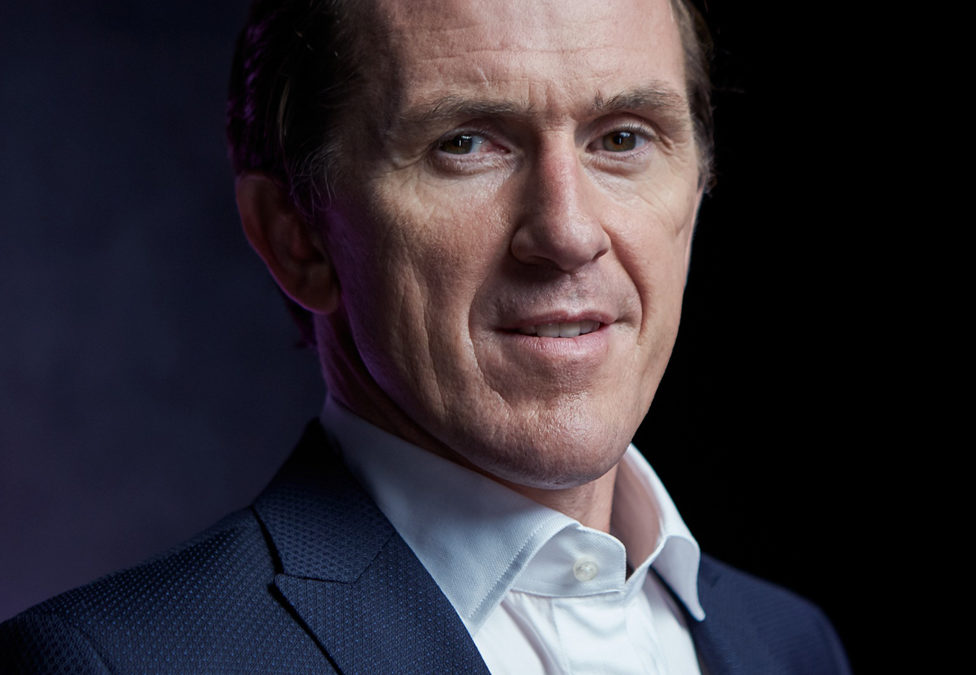 Sir Anthony McCoy gives Keynote Speech at Medical Conference